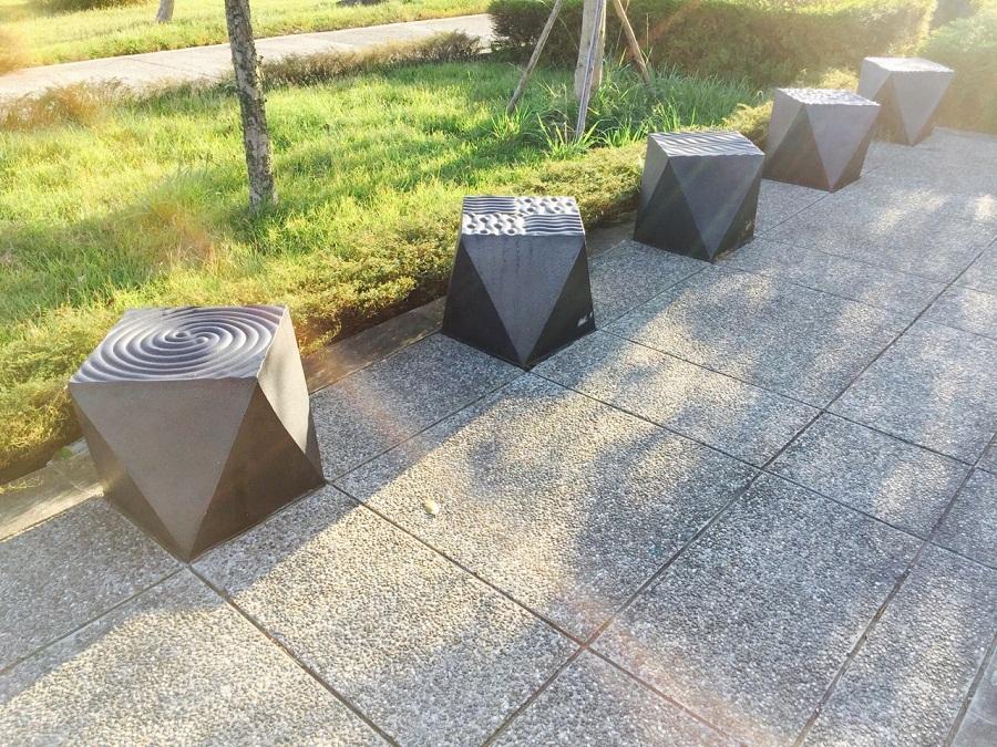水波紋飾幾何陶椅