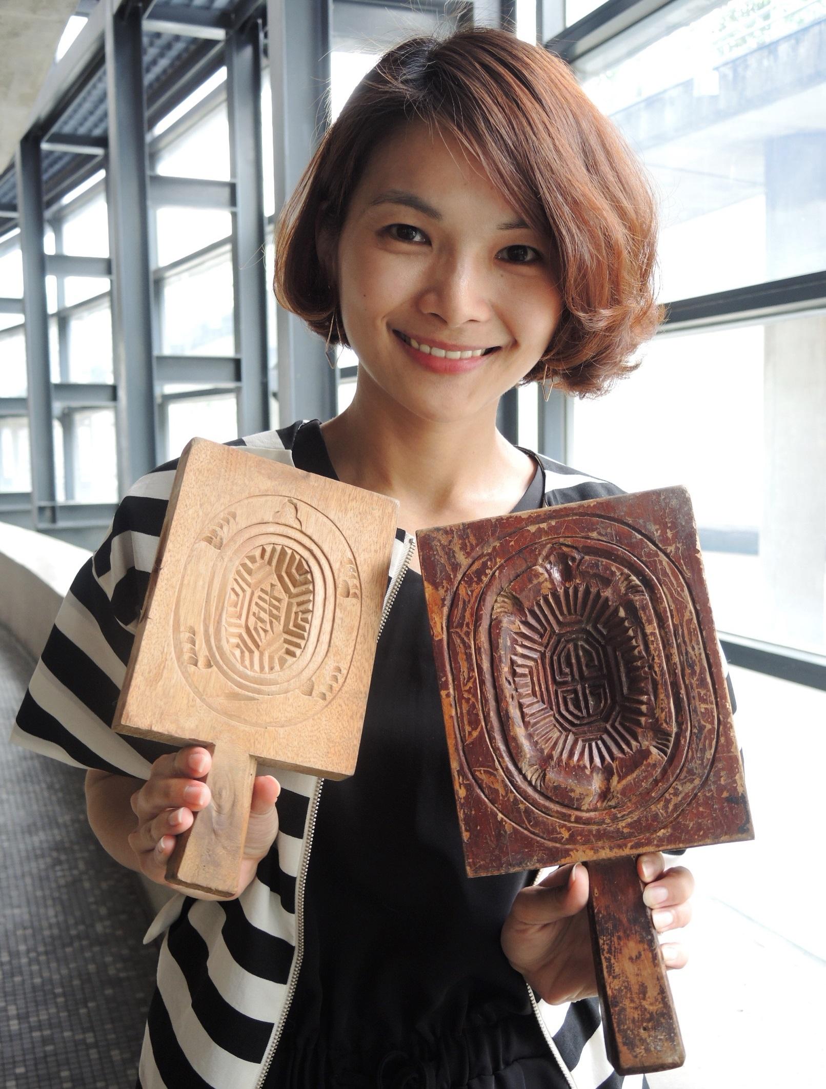 木頭製的紅龜粿模曾是家家戶戶必備的器具。