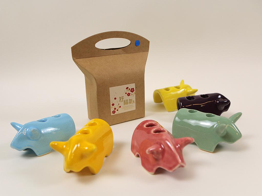 可愛兼具實用功能的「小牛筆插」也是獎項之一。