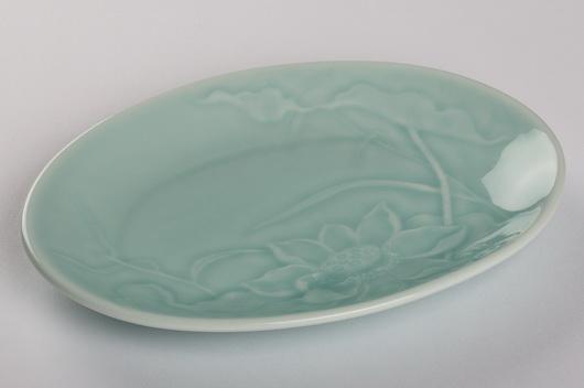 青瓷橢圓盤